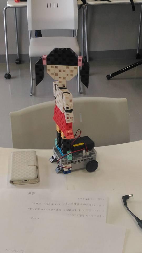 女子高生ロボット2